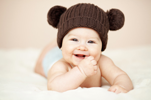婴儿主要靠头部散热吗