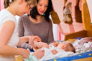 婴儿呼吸急促手舞足蹈怎么办