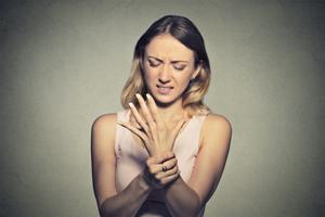 子宫脱垂是什么原因引起的